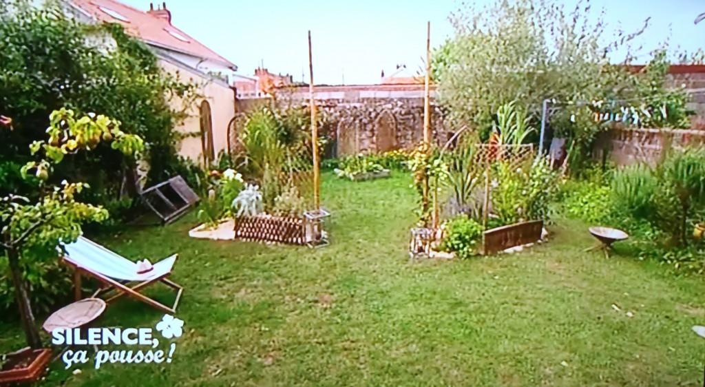 un jardin champ tre et son potager intimiste en climat. Black Bedroom Furniture Sets. Home Design Ideas