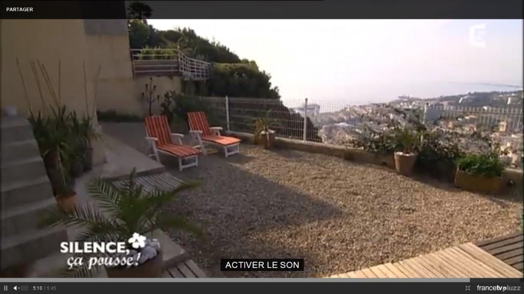 am nager une terrasse avec des plantes r sistantes la s cheresse pas de panique d cryptage. Black Bedroom Furniture Sets. Home Design Ideas